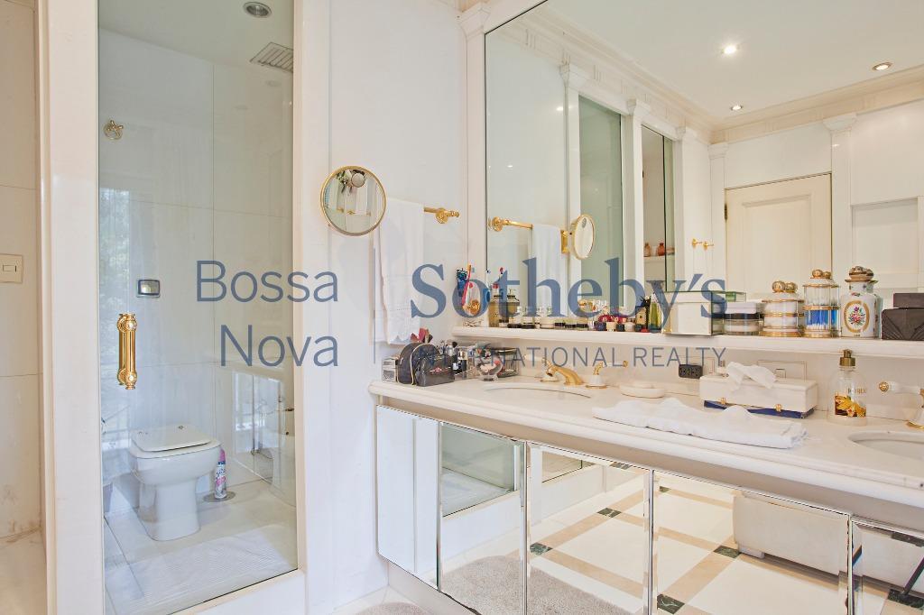 Magnífica residência com projeto de Ana Maria Vieira Santos