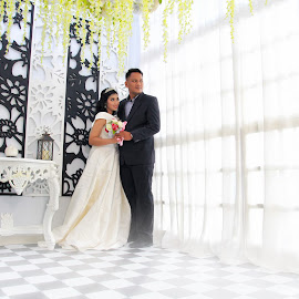 Resi by Joey Bangun - Wedding Bride ( prewedding, wedding, pre wedding, bride and groom, bride )