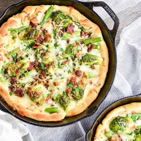 Spring Vegetable White Skillet Pizza
