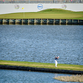 Water everywhere  by David Freese - Sports & Fitness Golf