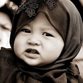 si dedek by Aan Unchu - Babies & Children Child Portraits