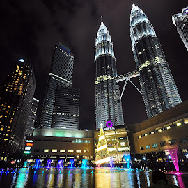 KLCC, Malaysia by Omrin Kamarudin - Buildings & Architecture Office Buildings & Hotels