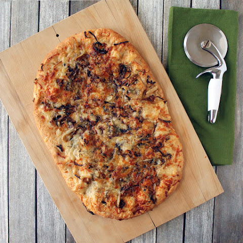 Fennel, Onion & Fontina Pizza