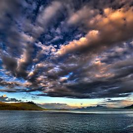 Clouds... by Radu Marian - Uncategorized All Uncategorized