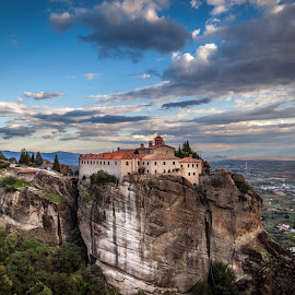 St. Stephen Monastery, Meteora by George Petropoulos - Landscapes Travel ( monestery, meteora, greece, travel )