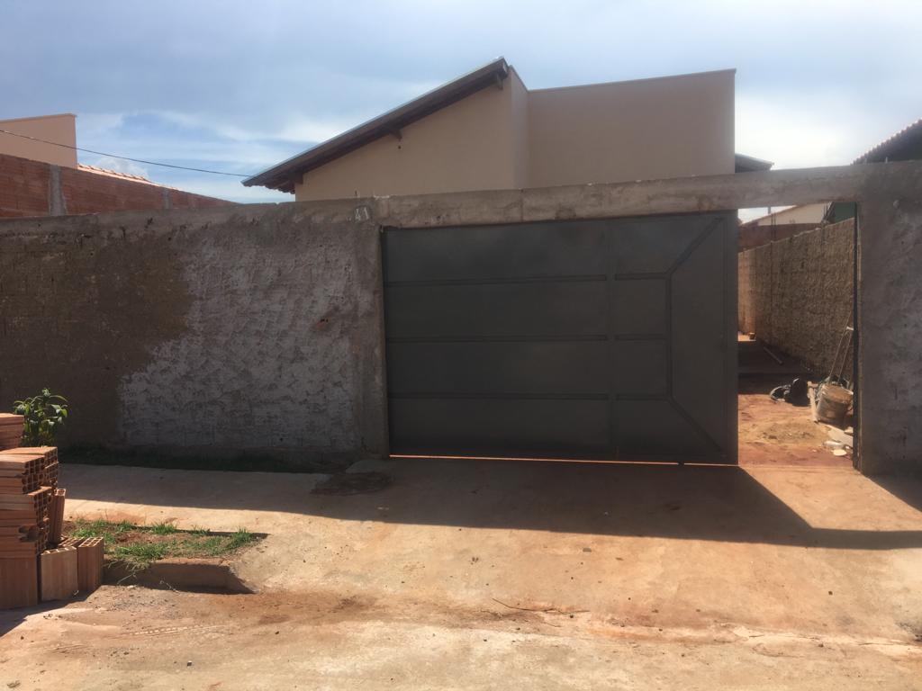 Casa com 2 dormitórios à venda, 44 m² por R$ 140.000 - Jardim Marajó - Uberaba/MG