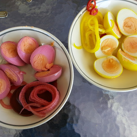Beet 'n' Pickled Eggs