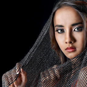 Aisha Asyraf by Hussin Mohd Nor - People Portraits of Women ( beauty, natural, women, portrait, asian )