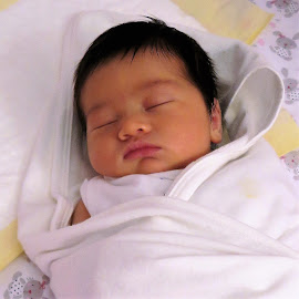 2nd Newborn by Dennis  Ng - Babies & Children Babies (  )