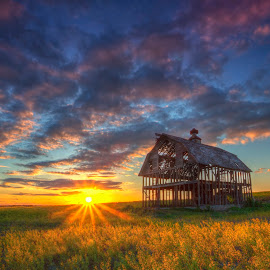 Last Rays by Ken Smith - Buildings & Architecture Decaying & Abandoned ( omaha, barn, sunset, landscape )