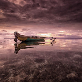 alone by Rudy Ziyad Gunawan - Transportation Boats ( amazing, nature, beautiful, beach, landscape, fantastic, photography, misty )