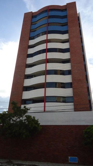 Apartamento de 3 dormitórios em Dionisio Torres, Fortaleza - CE