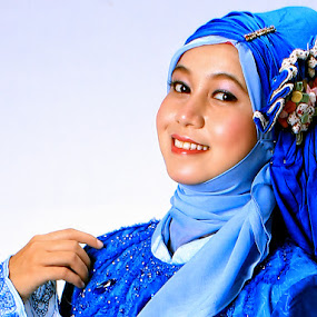 The Hijab by Suwito Pomalingo - People Fashion