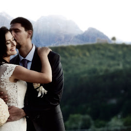 strong connection by Boris Romac - Wedding Bride & Groom ( d750, croatia, coguar, nikon )