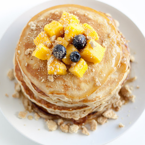 Mango Pancakes with Maria Cookie Crumbles
