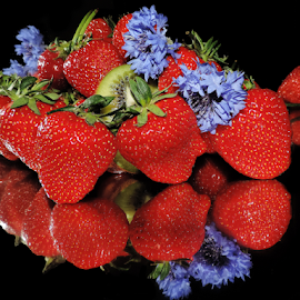 strawberry with flowers by LADOCKi Elvira - Food & Drink Fruits & Vegetables ( fruits )