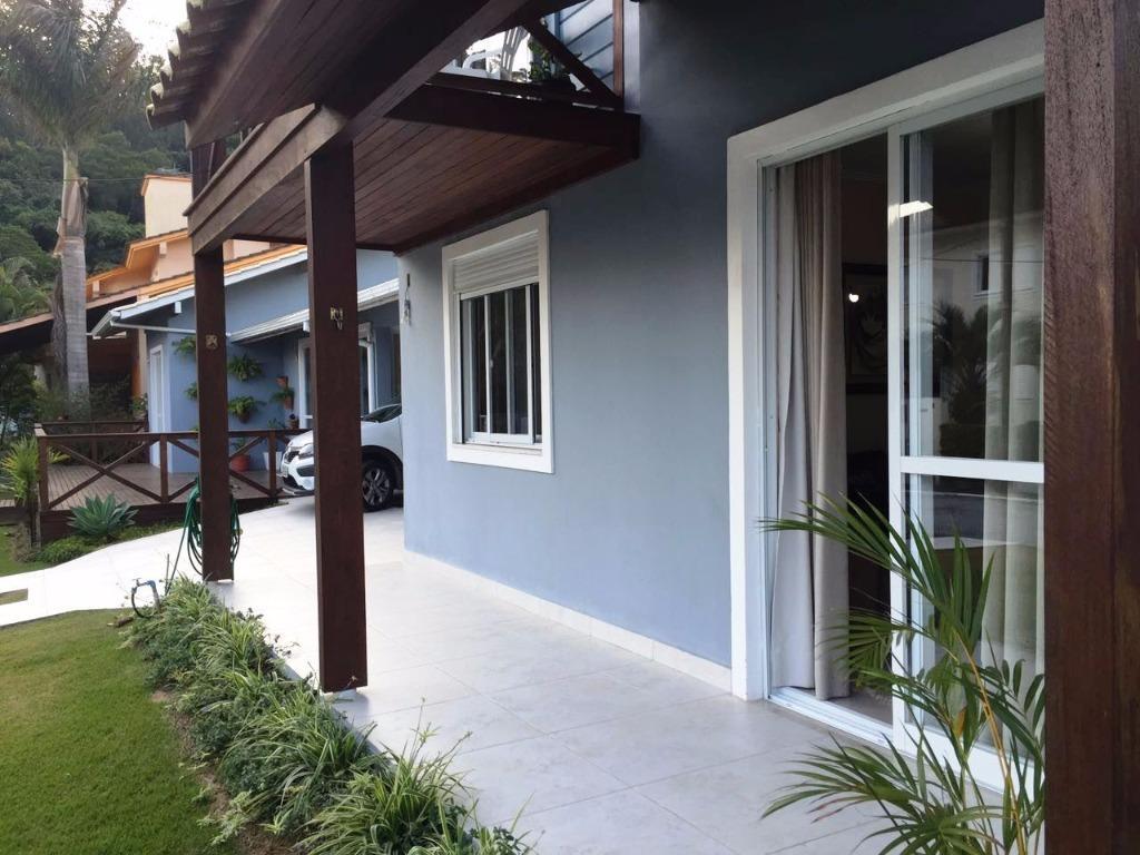 Metta Imobiliária - Casa 5 Dorm, Sambaqui (CA0493) - Foto 9