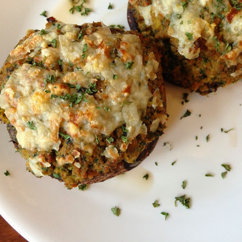 Paleo Stuffed Portabella Mushrooms