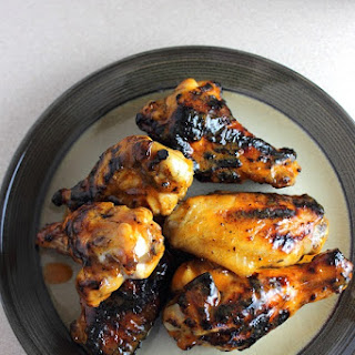 Tailgating with Grilled BBQ Wings