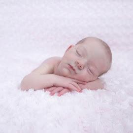 by Helen Bagley - Babies & Children Babies ( newborn photography, girl, newborn shoot, baby girl, baby, baby photography, newborn )
