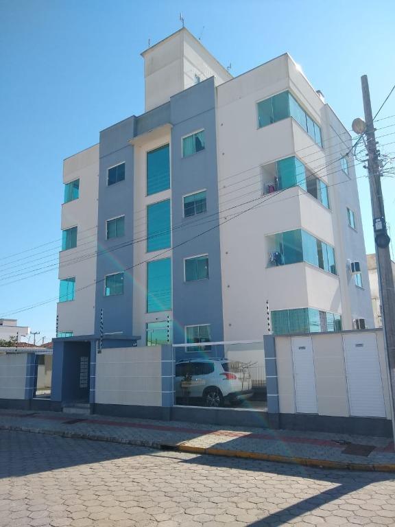 Apartamento com 2 dormitórios para alugar, 62 m² por R$ 1.600,00/mês - XV de Novembro - Tijucas/SC