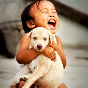 Happy kids by Alvin Lee Hahuly - Babies & Children Children Candids ( kid dog )