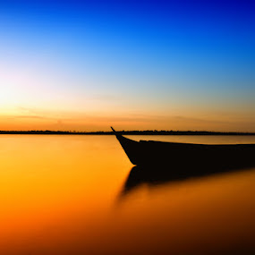 Danau Sembuluh - Kalimantan Tengah by Bocah Bocor - Landscapes Sunsets & Sunrises