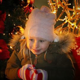 New Year by Robert Seme - Babies & Children Child Portraits ( child, girl, winter, children, newyear, portraits, photo, photography, portrait, photooftheday )