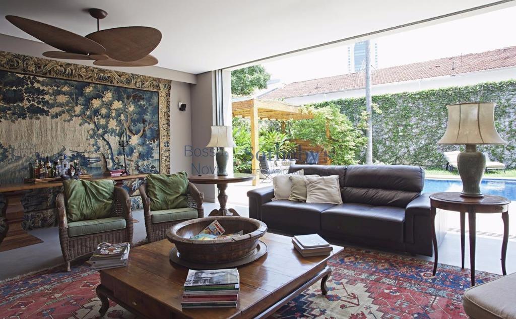 Casa de 6 dormitórios à venda em Jardim Paulistano, São Paulo - SP