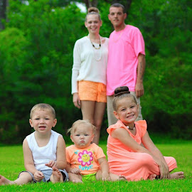 Great family by Terry Linton - People Family