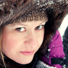 Beauty by Ladislav Korenj - People Portraits of Women ( nikkor 24-70 2.8, cold, snow, portrait )