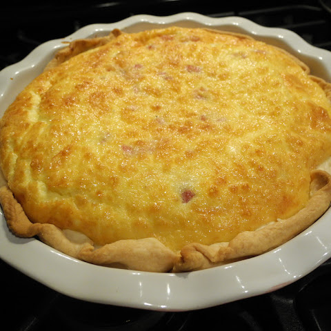 Easy Ham and Swiss Quiche
