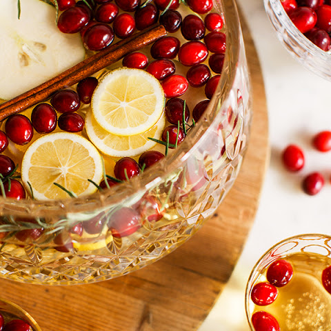 Sparkling Apple, Pear & Cranberry White Sangria