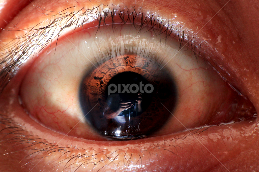 Reflection of Me in the Eye by Stuart Rango - People Body Parts