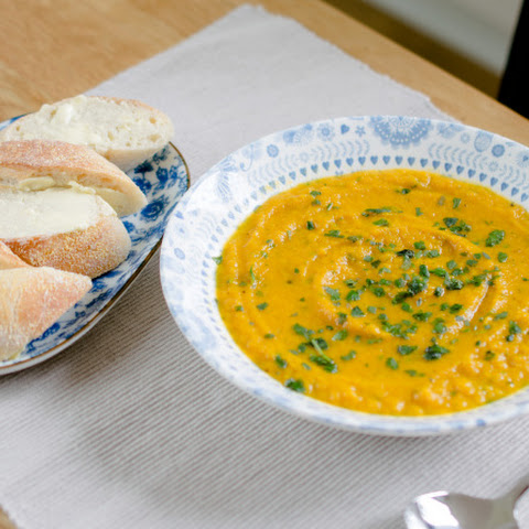 how to make carrot and coriander soup in slow cooker