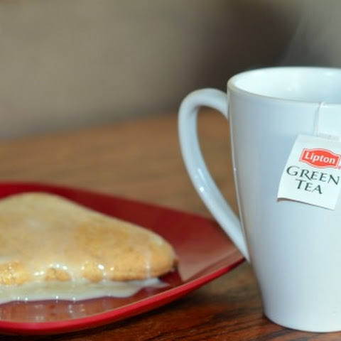 Apple Butter Scones Recipe and a Hot Cup Of Lipton Green Tea Superfruit + Giveaway