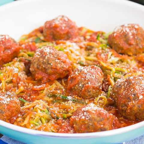 Tomato Basil Zoodles with Meatballs