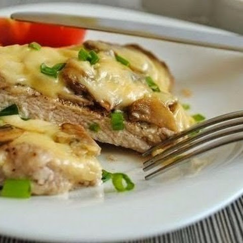 Steak With Mushrooms And Cheese