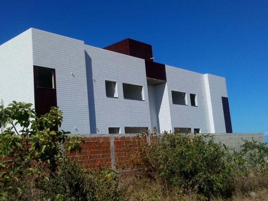 Apartamento com 2 dormitórios à venda, 57 m² por R$ 140.000,00 - Carapibus - Conde/PB