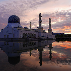mirror.. by Mohd Fahmi Husen - Buildings & Architecture Other Exteriors