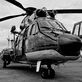 AS-332 Super Puma by Ratian Wahyudi - Transportation Helicopters