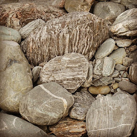 Rock patterns by Perla Tortosa - Nature Up Close Rock & Stone