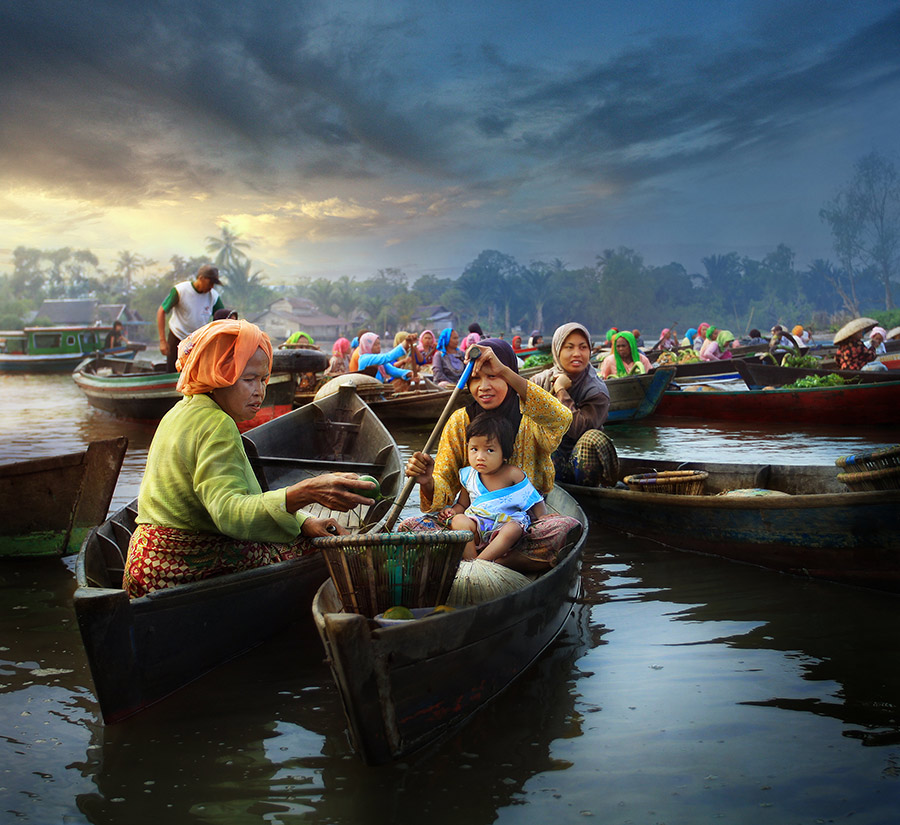 Banua by Randy Rakhmadany - News & Events World Events ( lokbaintan, indonesia, floating market, randy rakhmadany )