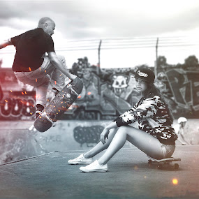 Skate Girl by Rafał Wójcicki - People Street & Candids ( skate, ireland, dublin, edit, skategirl, skateboard, sun, portrait, skatepark, blackandwhite, rafalwojcicki, nature, woman, outdoor, womansexy, lady, photographerrw, day, nikon, light, man, photoshop, polish )