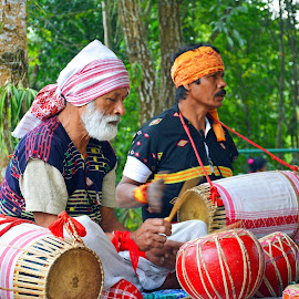 Music has no language by Asif Bora - People Musicians & Entertainers (  )