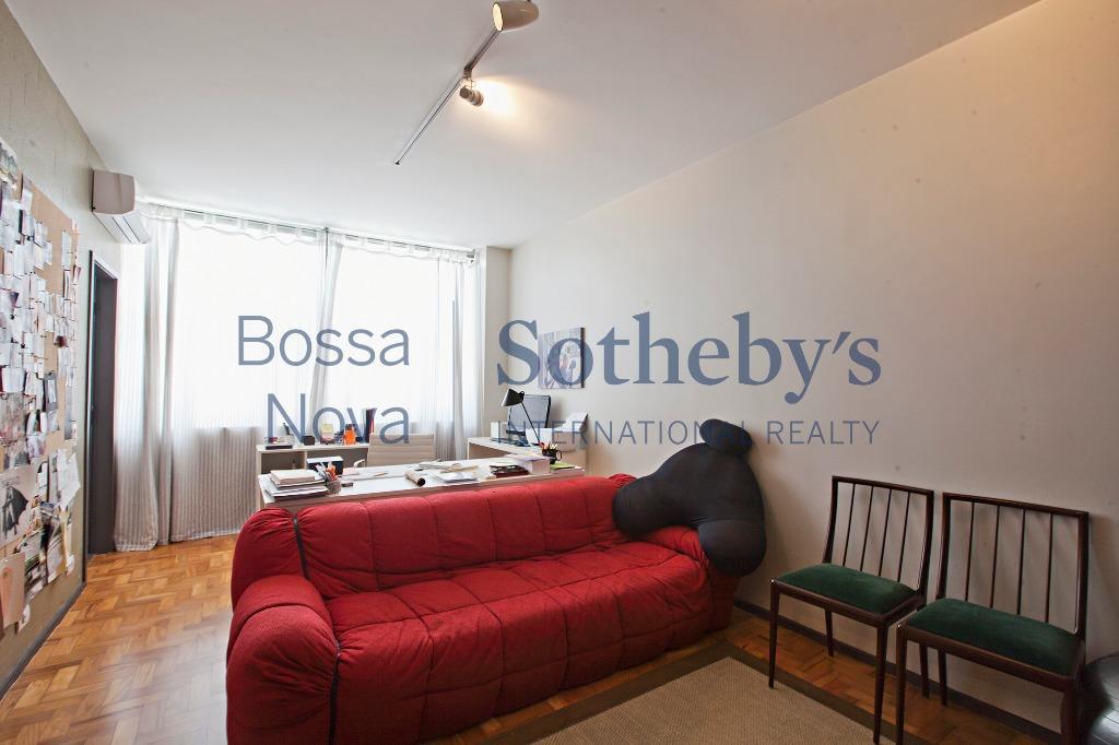 Apartamento com reforma contemporânea ao lado do Shopping Cidade São Paulo