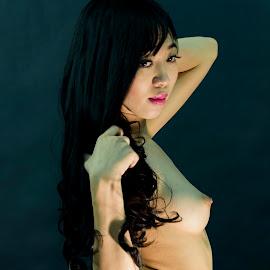 spring is by Dat Nguyen - Nudes & Boudoir Artistic Nude ( nude, girl, boudoir )