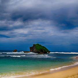 Sundak beach by Ali  Chopi - Landscapes Beaches