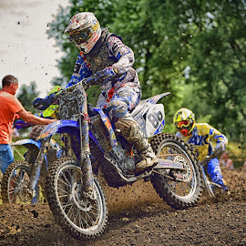 Flashing By by Marco Bertamé - Sports & Fitness Motorsports ( motocross, speed, dust, eighty-six, clumps, number, 86, race, noise, competition )