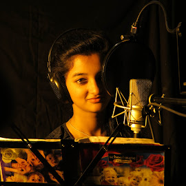 Girl  by Ashish Allen - People Musicians & Entertainers ( girl, radio,  )